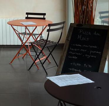 Accueil de la pizzeria Le Savoyard à Bouaye (44830)