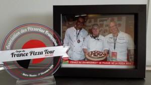 Finale des championnats de France, Julie de la pizzeria le Savoyard