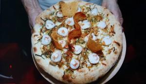 La pizza de la finale du championnat de France réalisée par David Boudet, pizzaiolo du restaurant le Savoyard à Bouaye